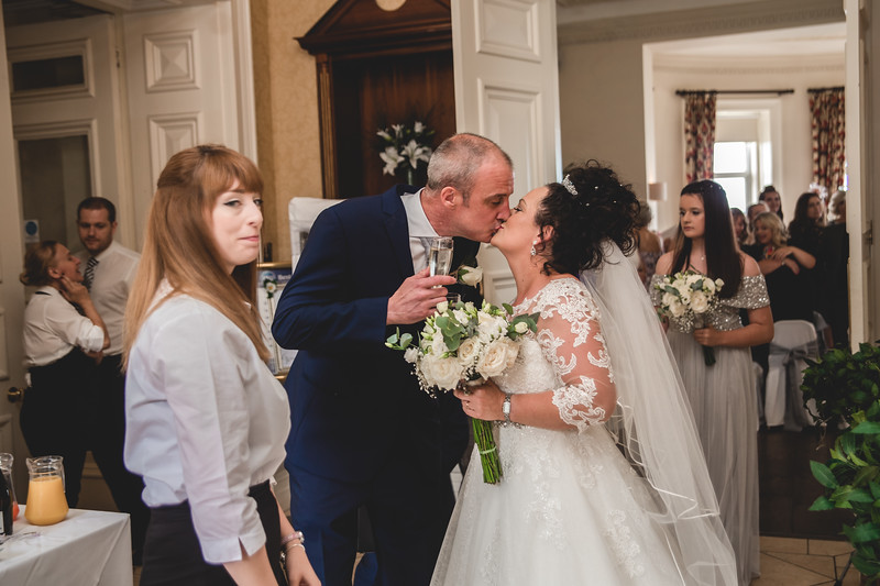 Mr & Mrs Wallington-162.jpg