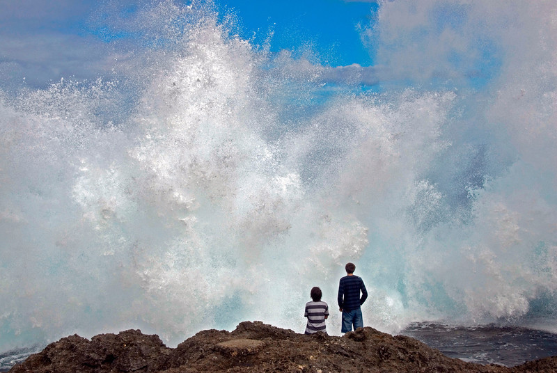 Kids at Blowhole - Tonga