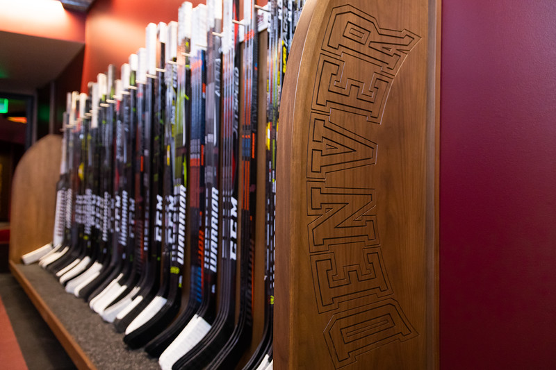 20181103-DU-Hockey-RibbonCutting-25.jpg