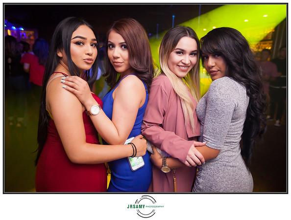 Avery Lounge-06-17-17