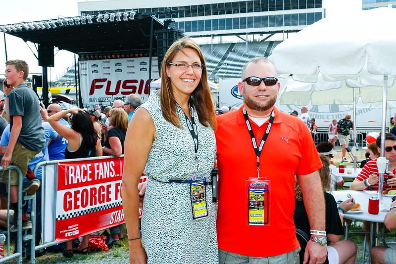NASCAR_Lowes_085.jpg
