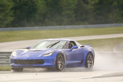 2020 SCCA TNiA Sept2 Pitt Race Nov Blu Vette