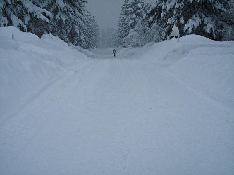 dec20-snowing.jpg