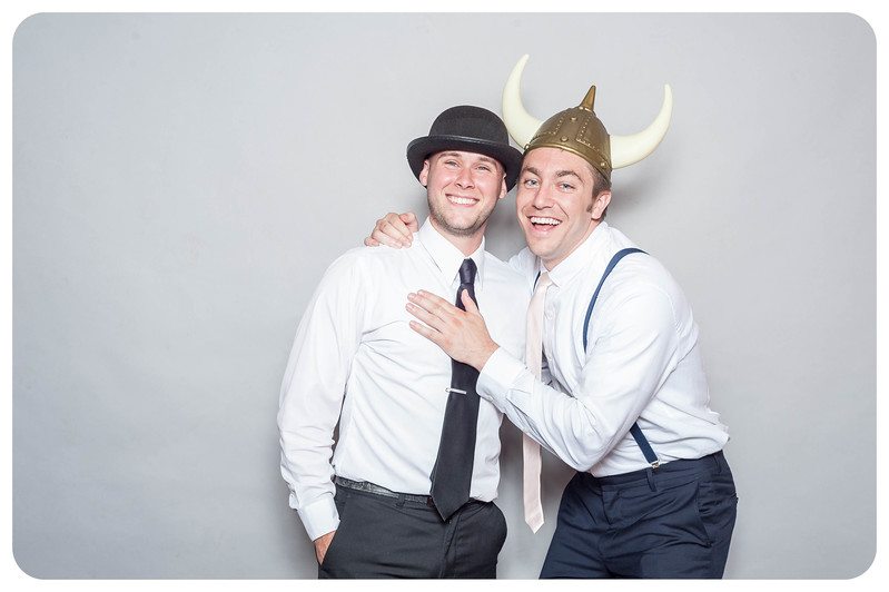 Tim+Olivia-Wedding-Photobooth-25.jpg