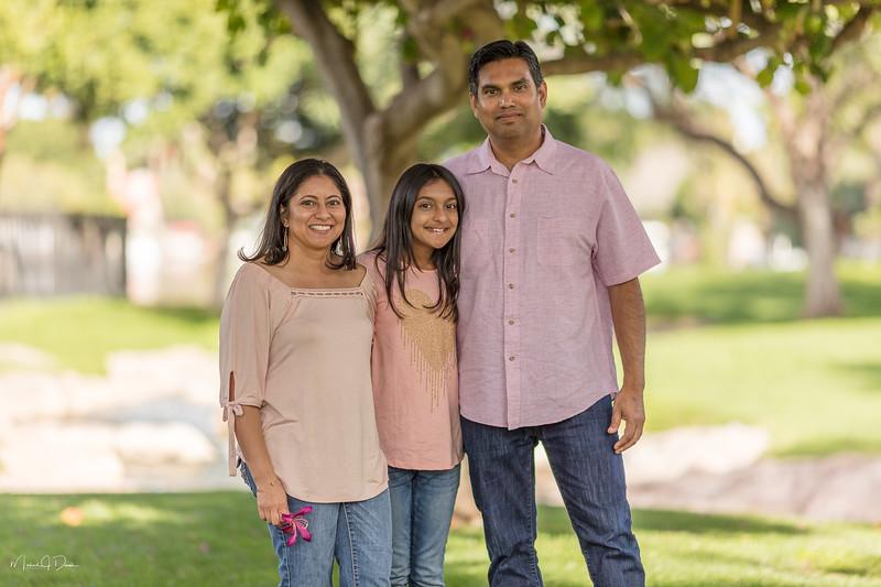 Urvi Family-137.jpg