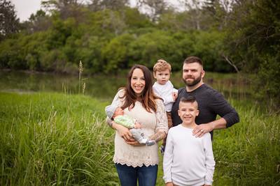 Mandi and Family Newborn Photos