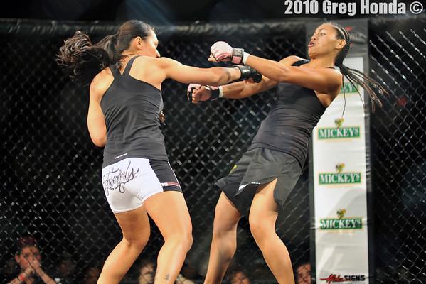 Raquel Paaluhi vs Lani Fauhiva