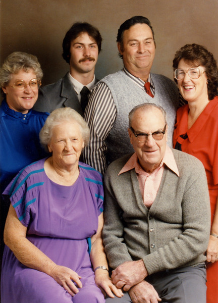 Family of Barbara Ruddell Smith.JPG