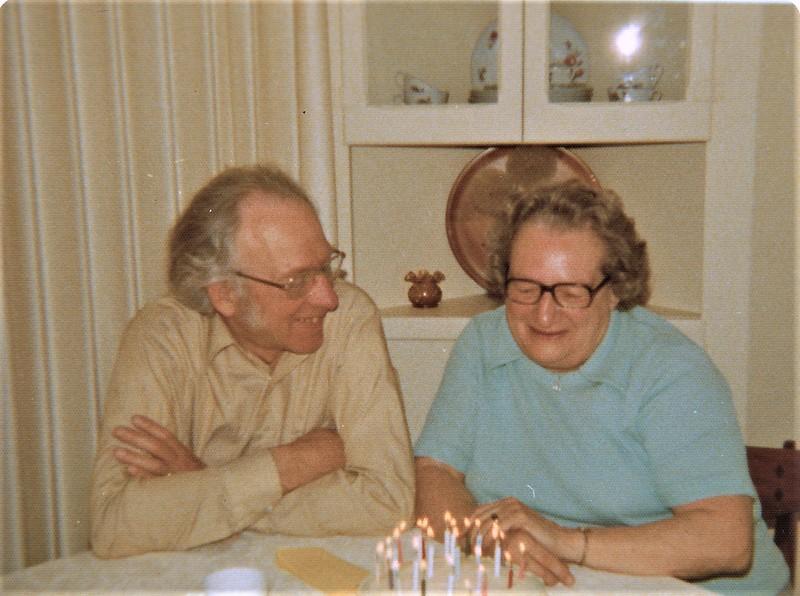 Earl and Ruth.jpg