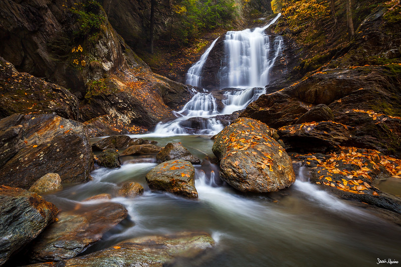 Autumn Grotto