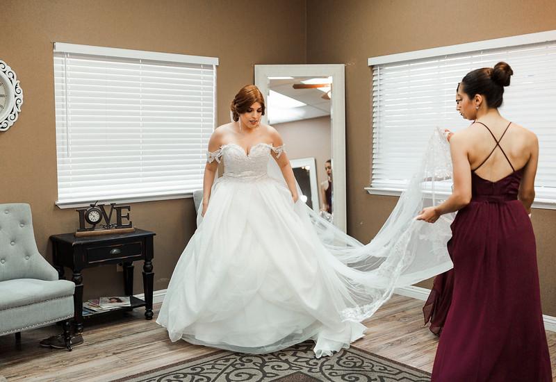 Alexandria Vail Photography Wedgewood Fresno Wedding Alexis   Dezmen321.jpg