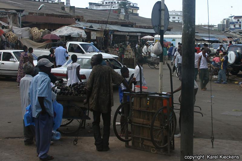 T.01_05.Dar Es Salaam_Kariakoo market.jpg