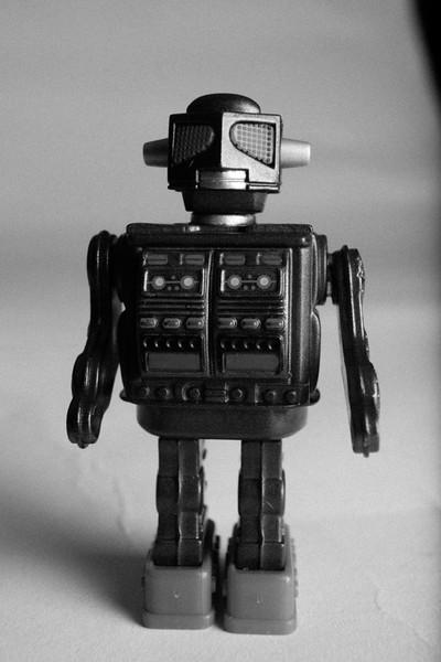 GreyRobot1-3.jpg