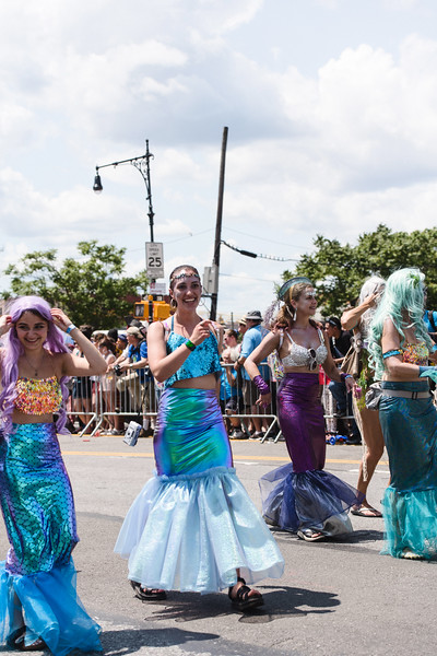 2019-06-22_Mermaid_Parade_1873.jpg
