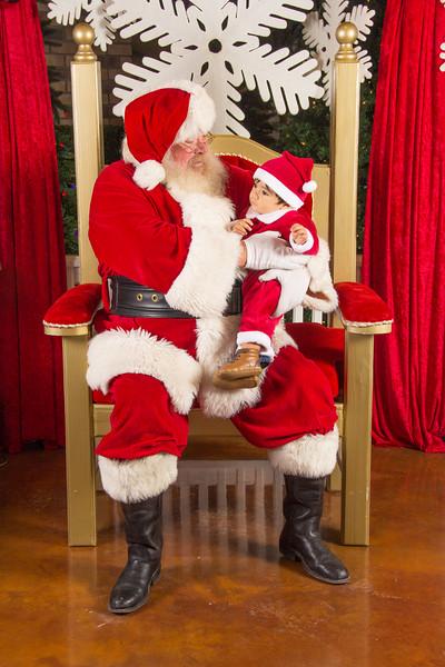 Santa 12-16-17-306.jpg