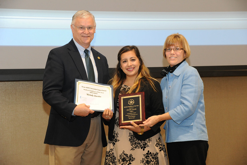 Melody Jacobo receives the 2015 Student Employee of the Year.