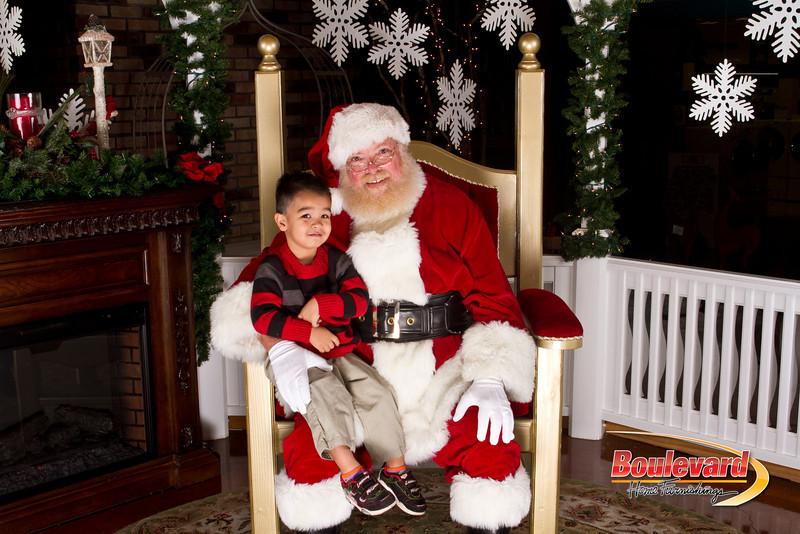 Santa Dec 15-233.jpg