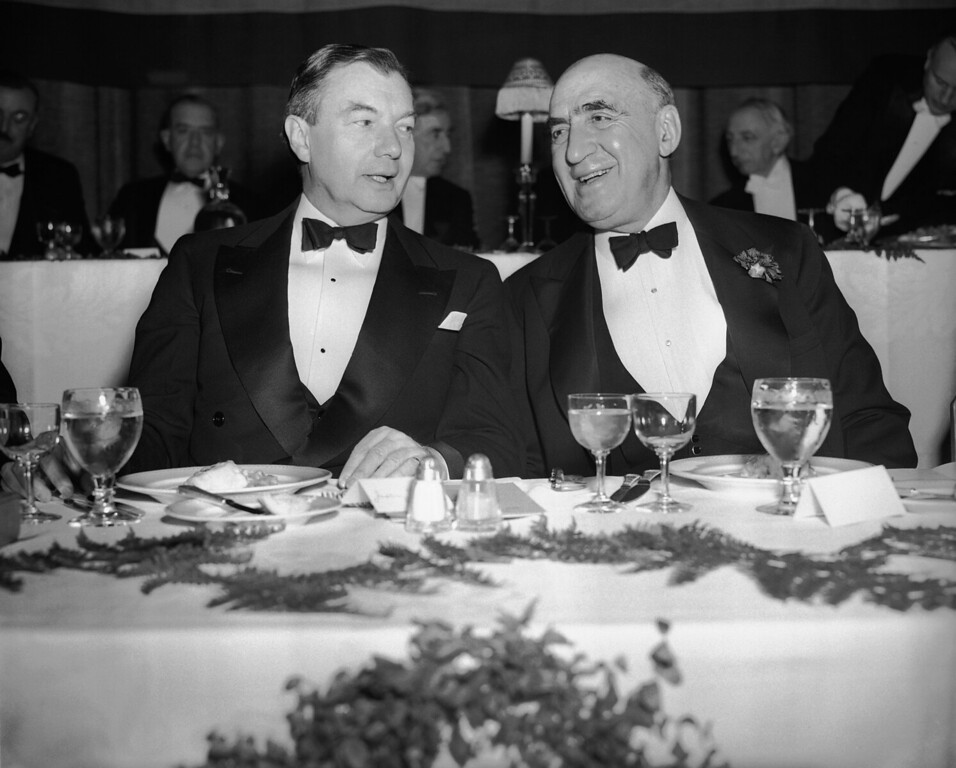 . From left to right are: Robert H. Jackson, U.S. Supreme Court justice and Irving Lehman, Chief Judge of the Court of Appeals, at the dinner given by the New York State Bar Association in New York, Jan. 23, 1943. (AP Photo/Anthony Camerano)