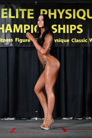 #18 Natalie Albitz