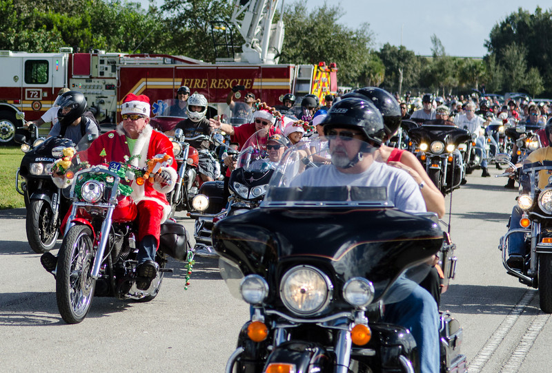 2013 Toys for tots-16.jpg