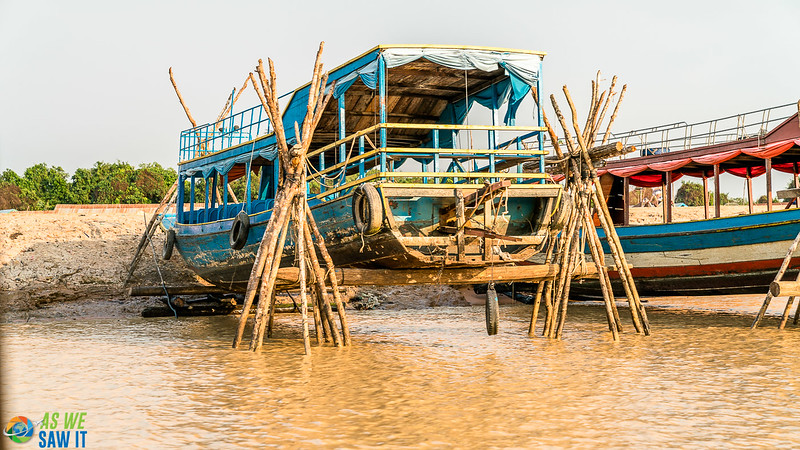 Floating-Village-03272.jpg