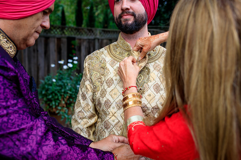 Neelam_and_Matt_Gurdwara_Wedding-1144.jpg