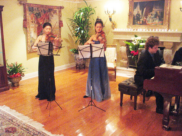 YAI presents two virtuoso beauties