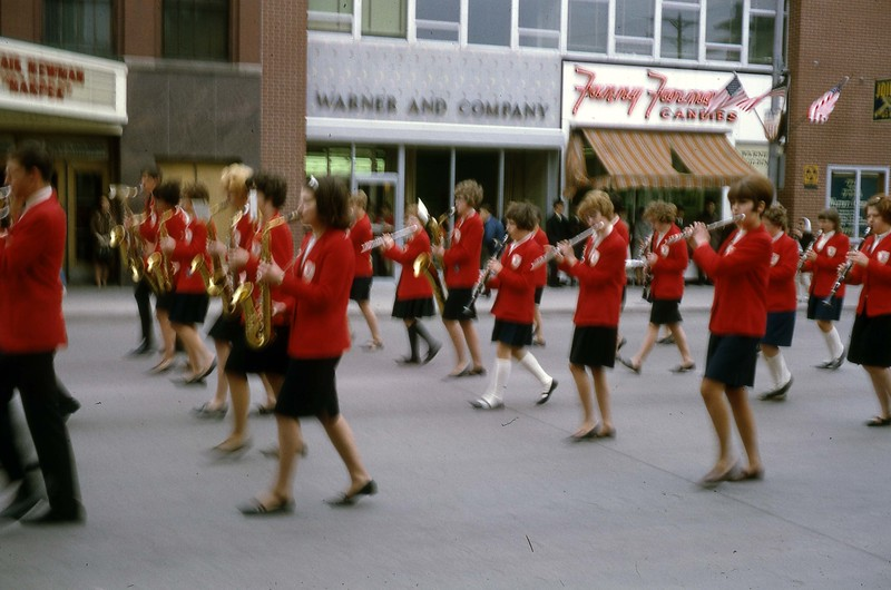 ARS077.  Fargo parade - Arthur band by Fannie Farmer Candies.jpg