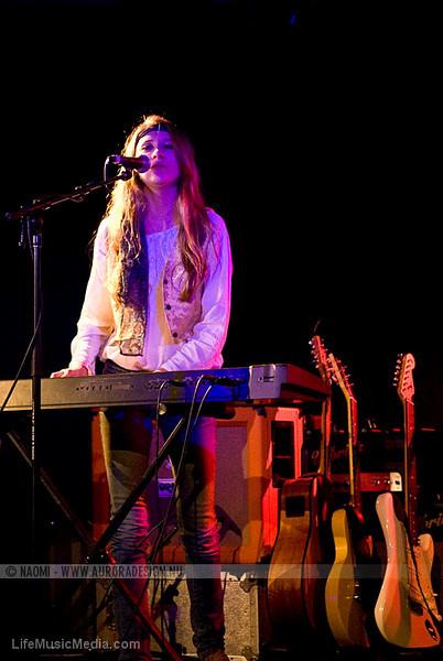 STONEFIELD @ The Prince Bandroom, Melbourne   Photographer: Naomi Rahim  LIFE MUSIC MEDIA