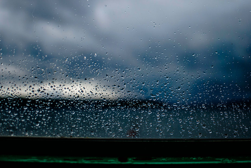 storm-approaches-small.jpg