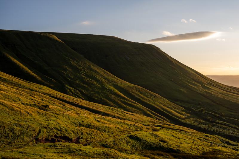 Twmpa mountain