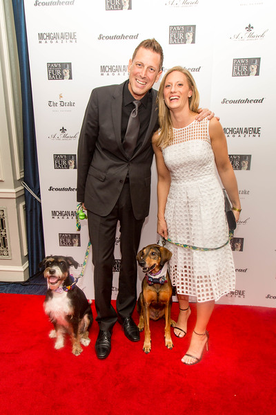 2016.11.18 - 2016 PAWS Chicago Fur Ball 219.jpg