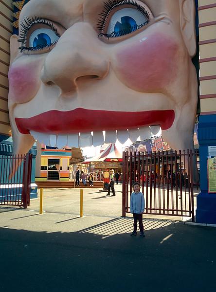 Simon & Louis Luna Park