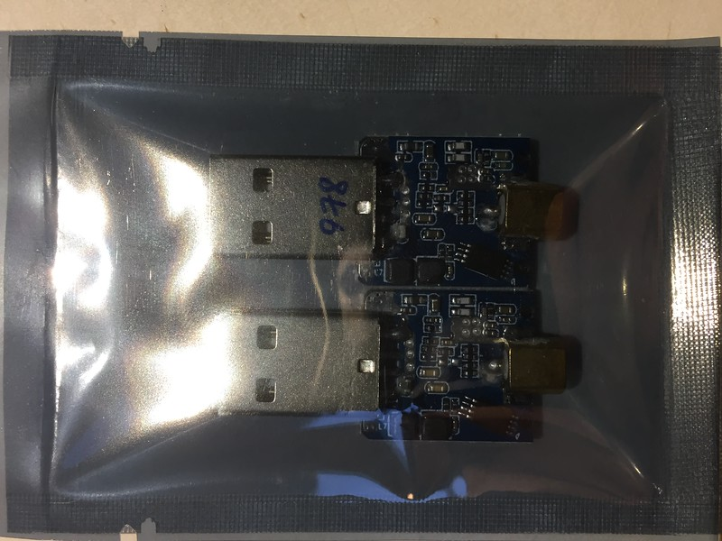 SDR Dongles set for ADS-B and UAT frequencies