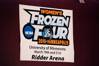 2010 03:  Ws Hockey Frozen Four, Day 1 of 2
