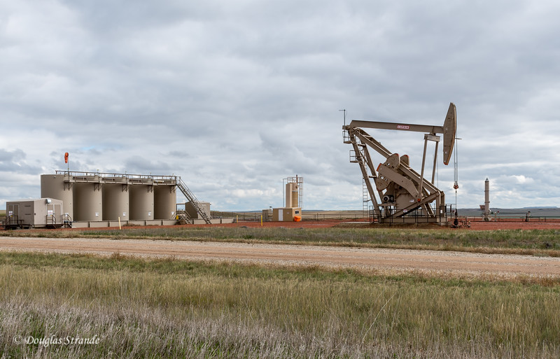 Pumping Oil from the Bakken Formation