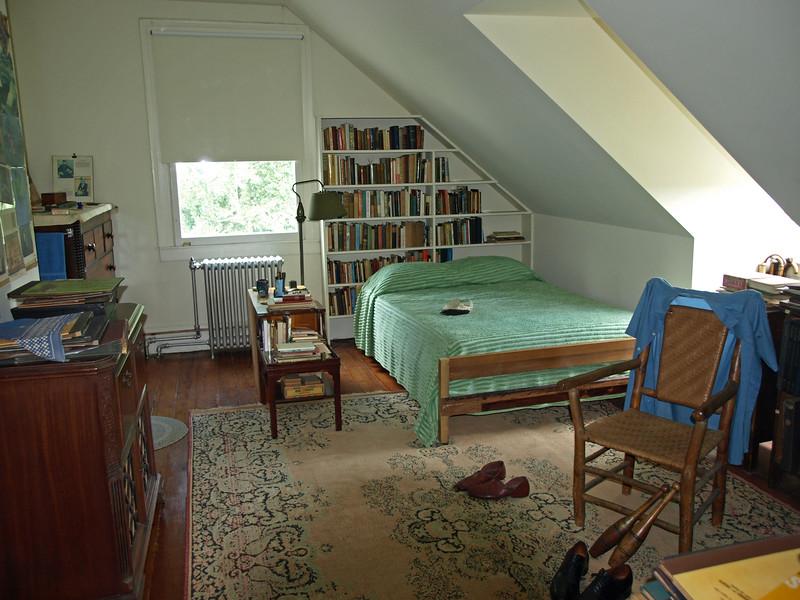 sandburg bedroom 2011 RD.jpg