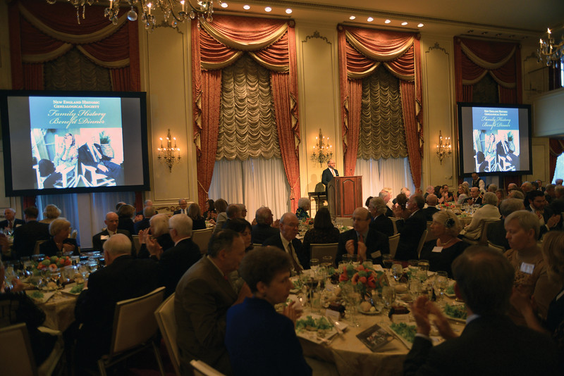 Brenton Simons addresses more than 200 guests at the NEHGS Family History Benefit Dinner.