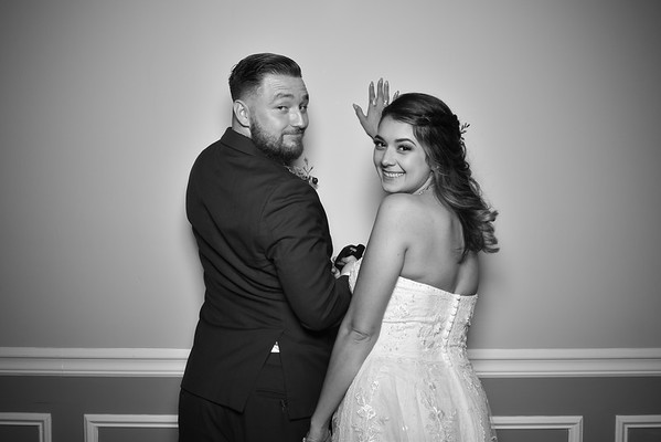 08-17-19 Emily Lopez & Joseph O'Nions Wedding