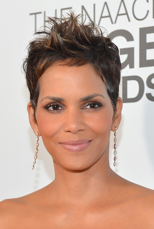 . LOS ANGELES, CA - FEBRUARY 01:  Actress Halle Berry attends the 44th NAACP Image Awards at The Shrine Auditorium on February 1, 2013 in Los Angeles, California.  (Photo by Alberto E. Rodriguez/Getty Images for NAACP Image Awards)