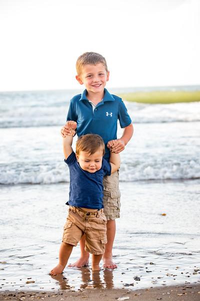 Family beach photos-144.jpg