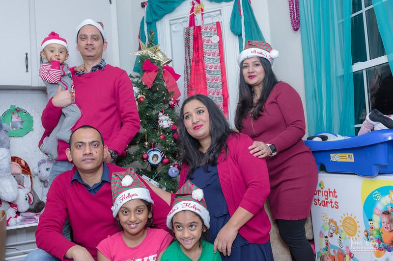 Merry Christmas 2018 -Ram Dai House-107.jpg