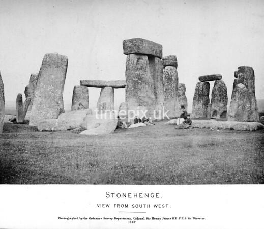 Stonehenge early photos 1867