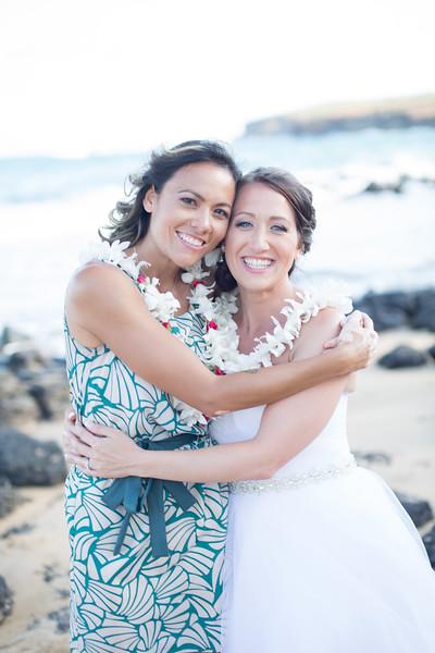gillin beach kauai wedding-167.jpg