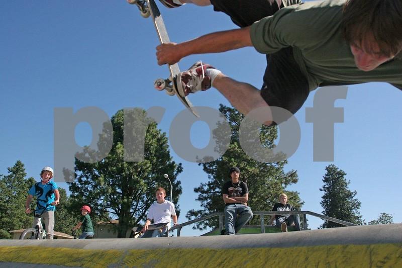 Skateboarding 1018.jpg