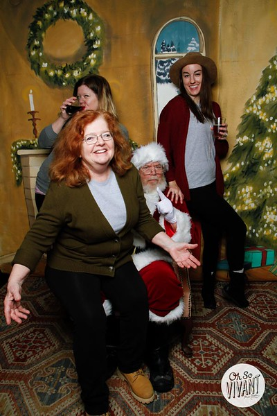 Pictures with Santa @Earthbound 12.1.2018-030.jpg