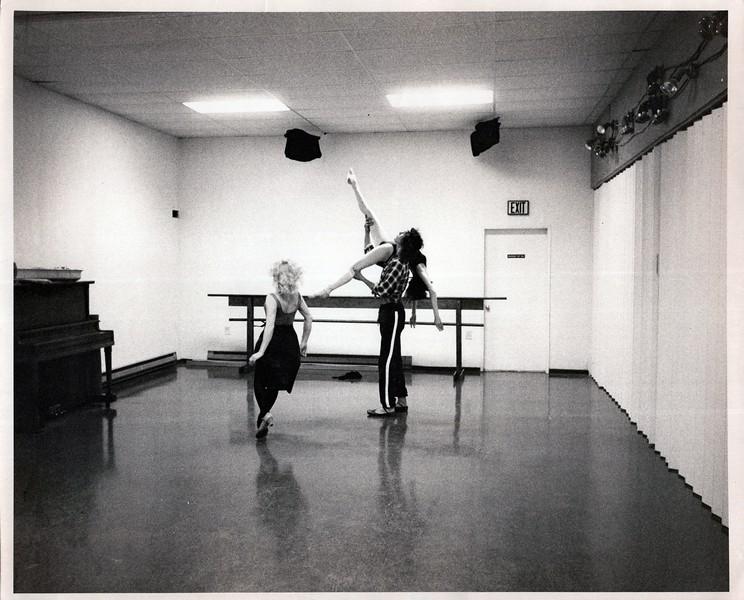 Dance_1037_a.jpg