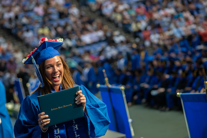 May 12, 2018 commencement -2071.jpg