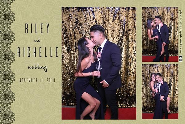 Riley & Richelle's Wedding (Magic Mirror Photo Booth)