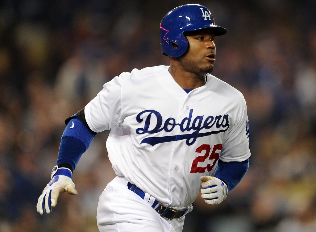 . <b>Carl Crawford #25 | LF | Bats: L, Throws: L <br />GP: 116     AB: 435     R: 62    H: 123     2B: 30  </b> <b>3B: 3     HR: 6     RBI: 31    BB: 28     SO: 66  </b> <b>SB: 15     BA: .283     OBP: .329    SLG: .407     OPS: .736</b> <br />(Keith Birmingham/Pasadena Star-News)